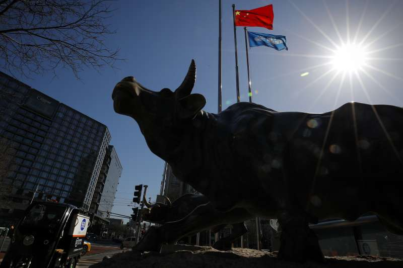 國際貨幣基金(IMF)指出,全球經濟下滑程度超出預期,但對中國的期待最佳。(AP)