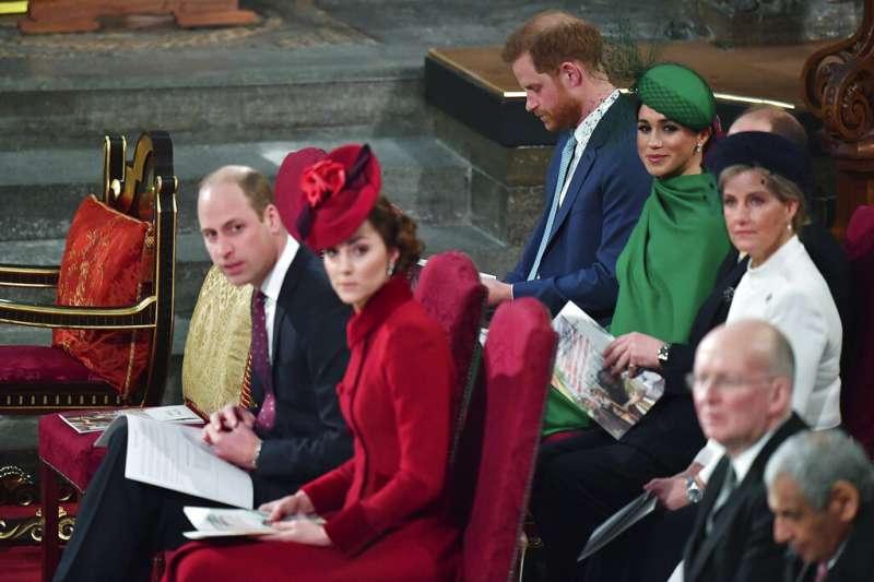 英國哈利王子與妻子梅根9日出席大英國協日慶祝活動,這是兩人最後的王室公開活動,此後將正式退出王室高階成員行列。威廉王子、凱特王妃夫婦也有出席。(AP)