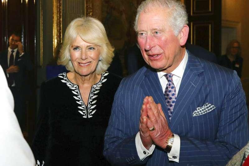 英國查爾斯王子夫婦。(美聯社)