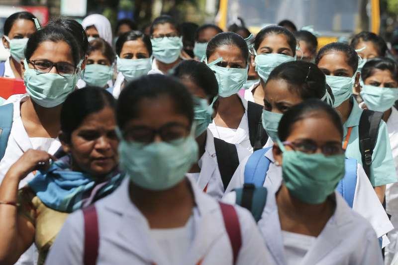 新型冠狀病毒來襲,全球經濟市場、公衛體系都面臨大震盪。這一波疫情顯示,人類根本還沒準備好面對未知疾病。但,氣候變遷也可能導致未知疾病出現?(資料照,AP)
