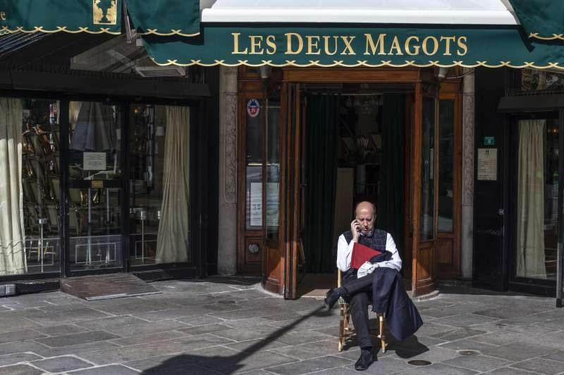 新冠肺炎疫情侵襲法國,咖啡店被勒令暫時關閉(AP)
