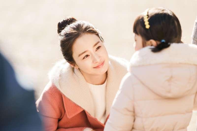《哈囉掰掰,我是鬼媽媽》是部催淚韓劇。 (圖/取自tvNDrama)