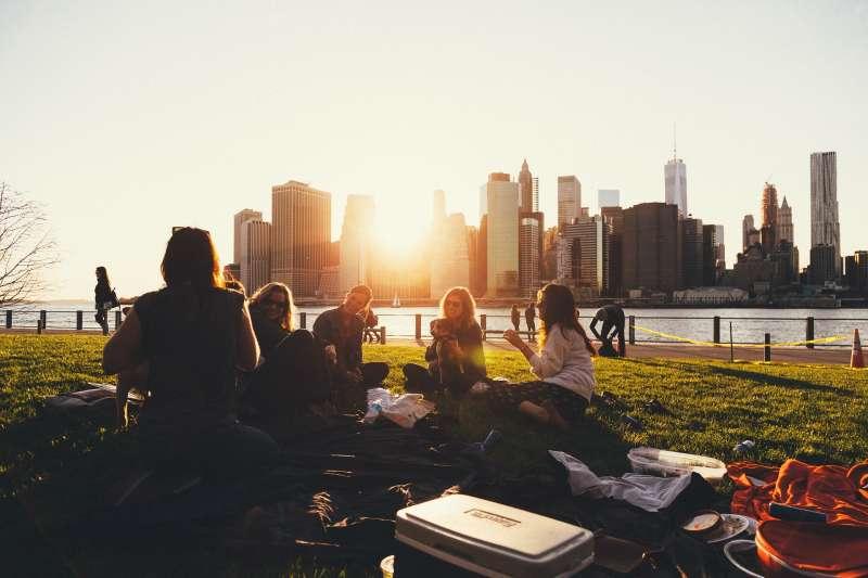 野餐、聚會。(示意圖/pixabay)