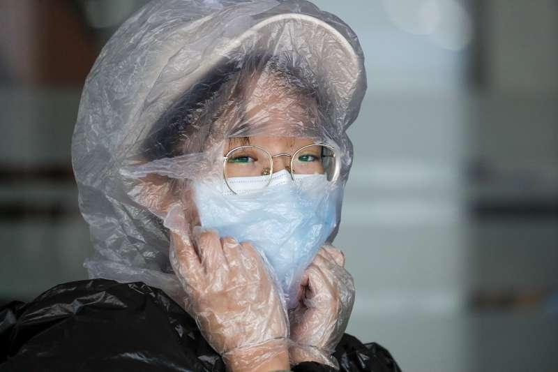 2020年,新冠肺炎(武漢肺炎,COVID-19)疫情衝擊全球。示意圖。(AP)