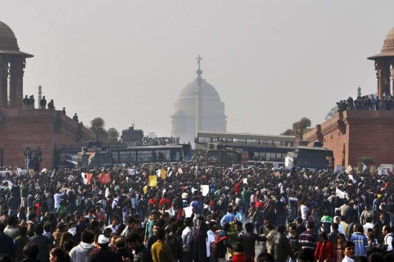 印度2012年「公車輪姦案」引發全國抗議。4名兇手2020年3月20日接受絞刑。(AP)