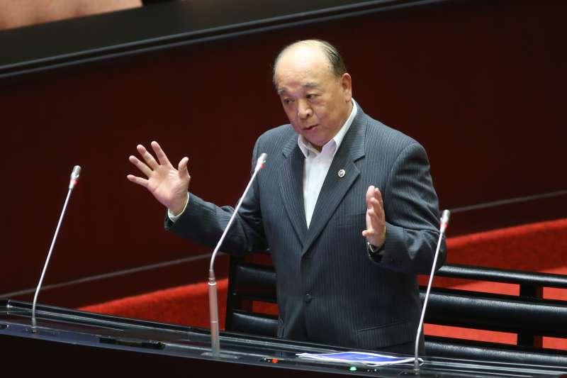 20200324-國民黨立委吳斯懷24日於立院質詢。(顏麟宇攝)