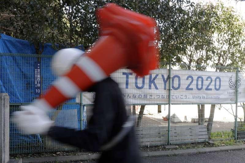 新冠肺炎疫情日趨嚴重,IOC資深官員認為延期一年最好。(AP)