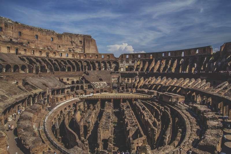 窮人得不到共同體的慰藉,羅馬共和國如對待次等公民如敵人。圖為羅馬競技場。(圖片取自pixabay)