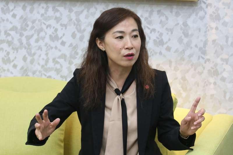 野百合世代的林宜瑾,30年來擔任過助理、選過議員,還擔任過民進黨中常委。(柯承惠攝)