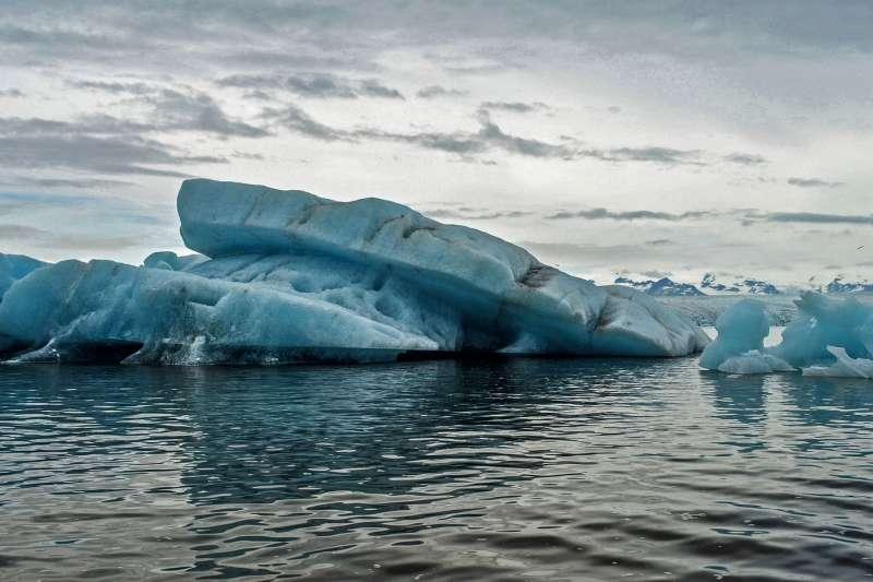 2016年,氣候進入緊急狀態,聯合國才不得已簽署了巴黎協定。但即便如此,二氧化碳排放量還是節節高升,未來100年即將進入「地獄世紀」(示意圖,取自pixabay)
