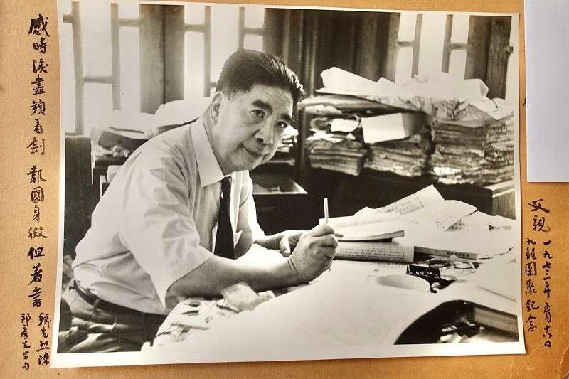 簡又文(見圖)是首先利用西文資料以研究太平天國的中國學者。他從太平天國時期出版的英文報紙雜誌,如《華北先驅周刊》和其他出版物中蒐集了許多資料,加以翻譯利用,大大開闊了史學界對太平天國的認識。(圖/新銳文創提供)