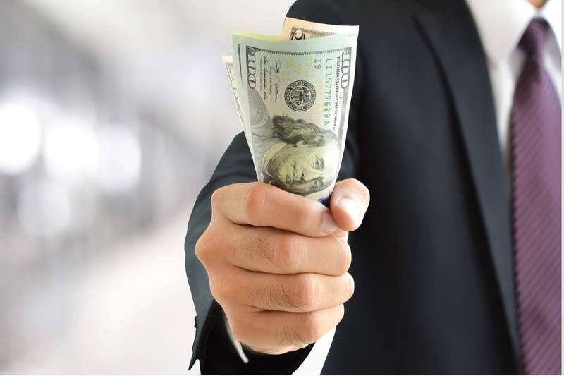 現金為王!你有準備緊急備用金的習慣嗎?(圖/作者提供)