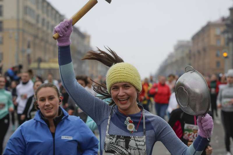 白俄羅斯民眾慶祝2020年國際婦女節。(AP)