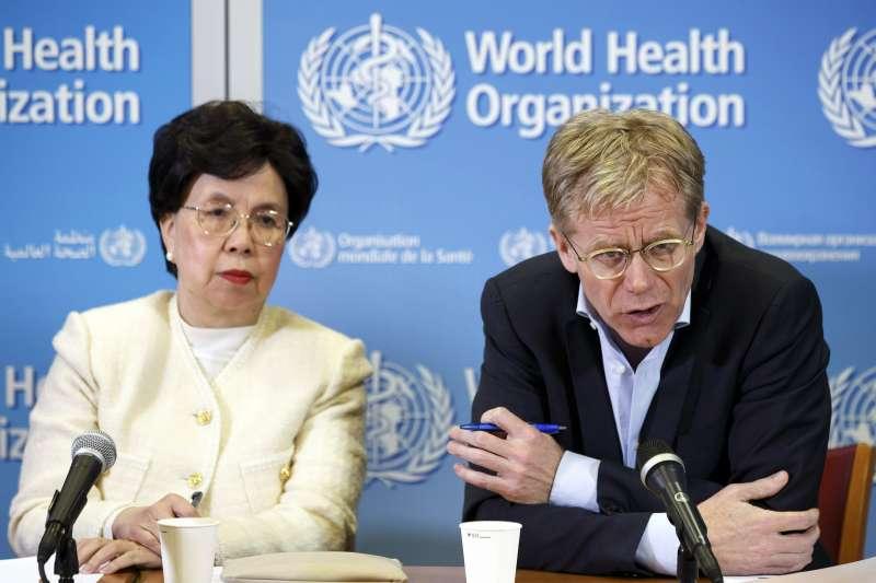 世界衛生組織(WHO)前總幹事陳馮富珍與現任助理總幹事艾沃德(資料照,AP)