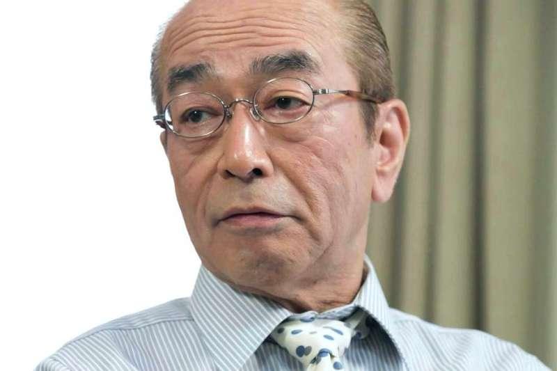 有「喜劇天王」之稱的日本藝人志村健,29日晚間因武漢肺炎逝世。(圖取自網路)