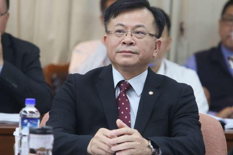 陳耀祥通過台數科新聞台的執照審查,遭政院擋下。(柯承惠攝)