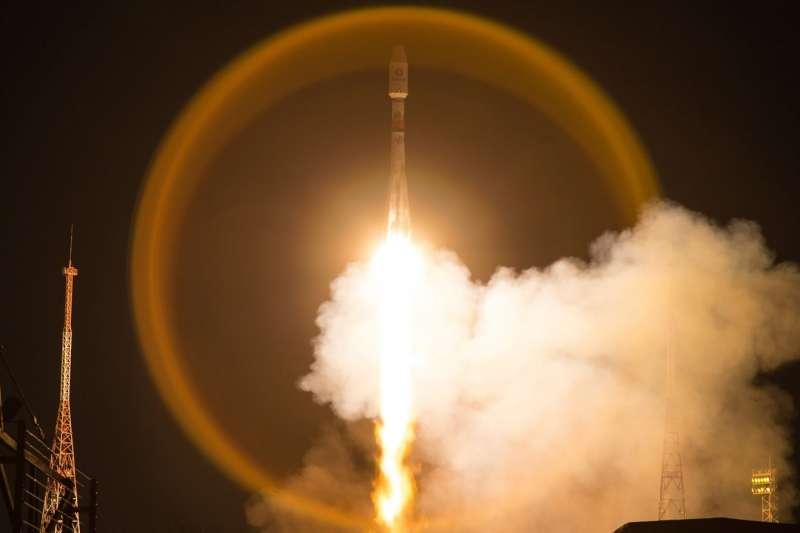 OneWeb衛星搭載聯盟號火箭從哈薩克拜科努爾航太發射場升空。(圖片取自OneWeb臉書粉絲專頁)