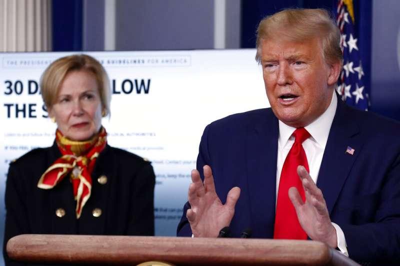 美國總統川普3月31日向國民示警新冠肺炎(武漢肺炎)死亡人數還會攀升。(AP)