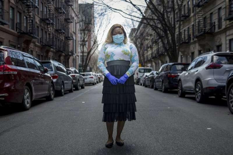 新冠肺炎疫苗研發耗時,美國醫生開始研究「康復者血漿」,希望運用痊癒者血液中的抗體,治療重症患者。(AP)