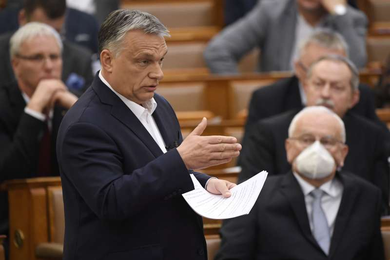 2020年3月11日,匈牙利為對抗新冠肺炎疫情,總理奧爾班宣布全國進入緊急狀態(AP)