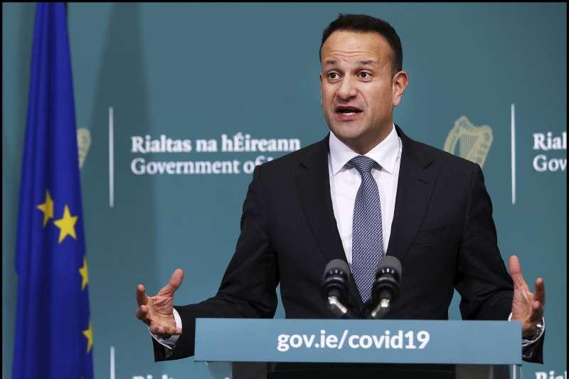 武漢肺炎:愛爾蘭總理瓦拉德卡重新註冊為醫師協助電話看診(AP)