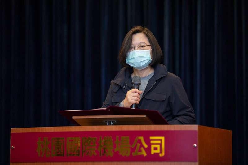 2008年以來台灣部分人士所構築的「兩岸一家親」假象,已經隨疫情而逐漸幻滅。如同防疫期間的人們一樣,台灣與中國應該保持什麼樣的社交距離,才能不失禮數又健康,這是我們朝野應該共同思索的問題。(資料照,總統府提供)