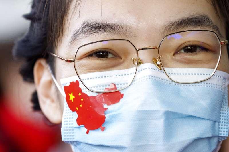 曾遭新冠肺炎重創的中國湖北省武漢市8日重獲自由,結束兩個多月的封城。(AP)