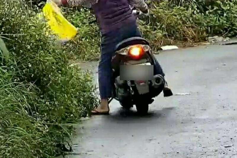 屏東縣政府環保局利用科技執法,查獲民眾非法丟棄口罩。