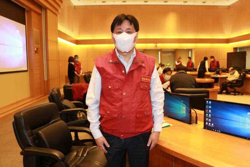 警察局局長陳檡文期許能與市民共同度過本次嚴峻疫情。(圖/新北市警察局提供)