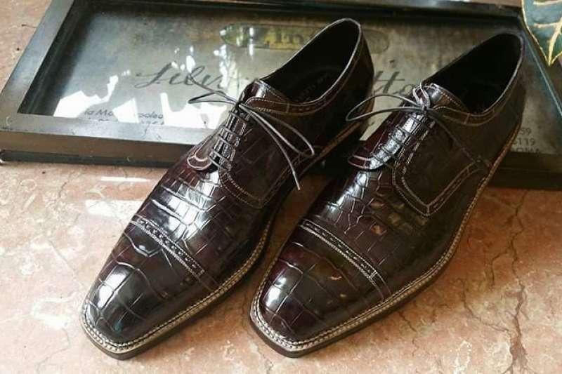 皮鞋的款式極為多元,但質感的差異卻很大,到底這些差異是怎麼造成的?(圖/取自Silvano Lattanz官方IG)