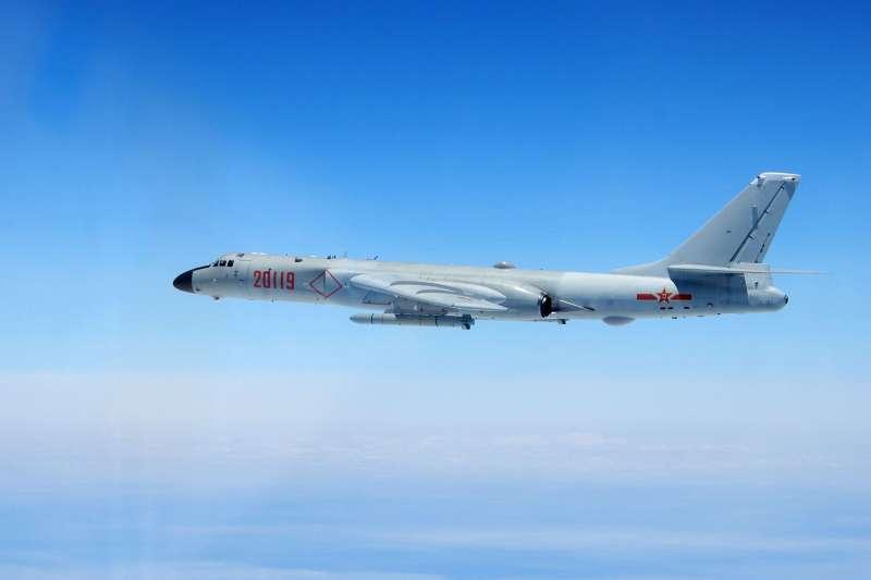 中共軍機頻繁繞台,恐引發民眾恐慌。(資料照,國防部提供)