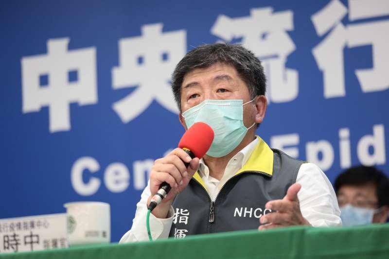 作者認為防疫關頭不該「逆時中」,圖為中央流行疫情指揮中心指揮官陳時中。(指揮中心提供)