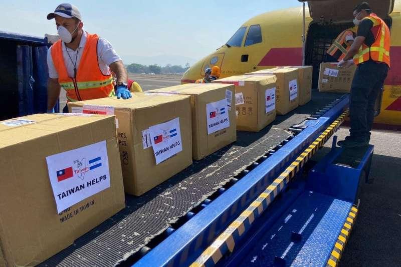 我國運往中美洲的防疫物資。(取自外交部推特)