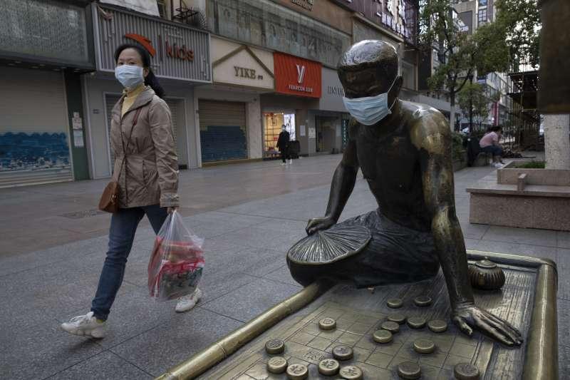 中國的經濟該何去何從?(AP)