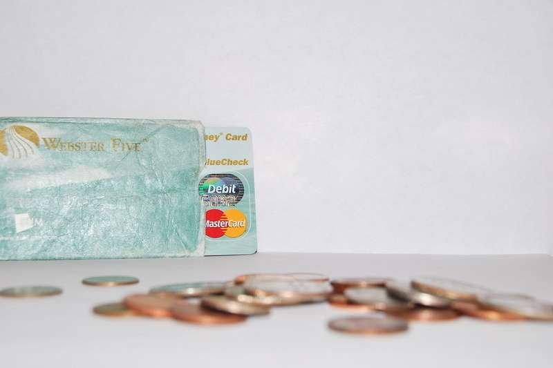 外幣買賣?賺價差?怎麼換才划算都在內文中。(圖/ flickr)