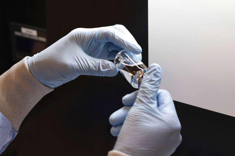 美國藥廠吉利德研發的藥物瑞德西韋,被世界衛生組織(WHO)視作可望有效抑制新型冠狀病毒(SARS-CoV-2)的救命丹(AP)