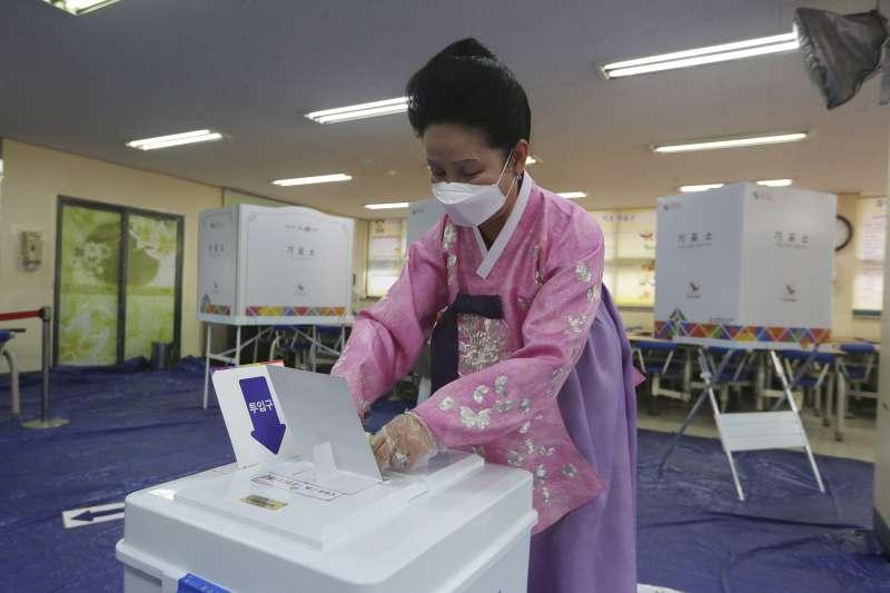 2020年4月,南韓新冠肺炎疫情逐漸平息(AP)
