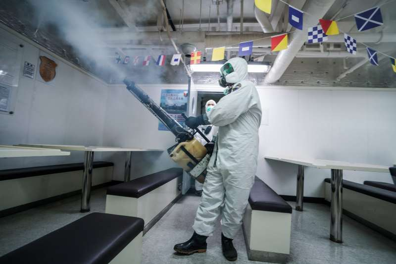海軍磐石艦爆發新冠肺炎疫情,但艦上看診人數持續增加,軍方也再被指有疑涉隱匿的情況。(資料照,海軍司令部臉書)