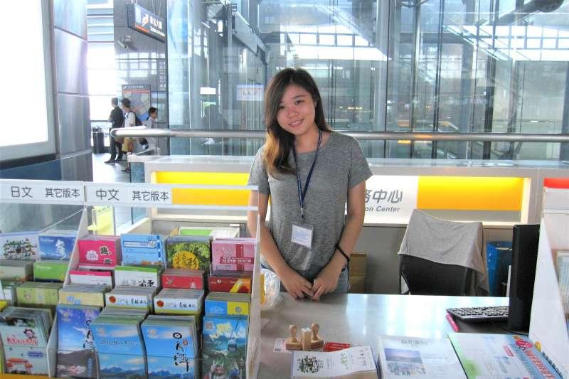 台中市府觀光旅遊局學生工讀情形。(圖/台中市政府提供)