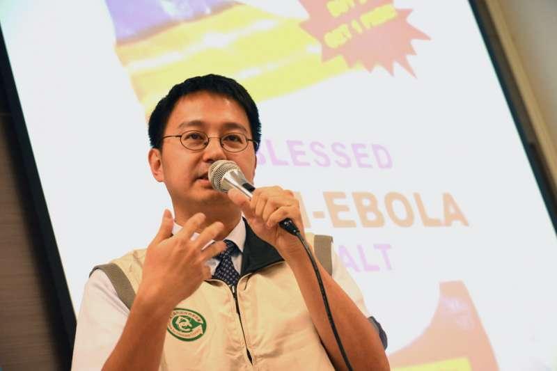 睡不著的防疫醫師,即時轉貼關鍵疫情訊息,讓羅一鈞即時上報,台灣也得以超前布署。(新新聞資料照)