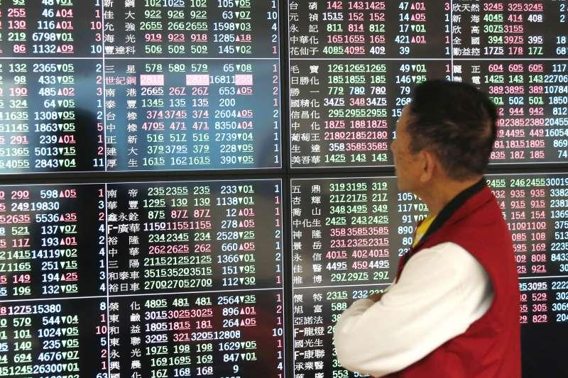 台股力拚1萬1000點關卡,安聯台灣科技基金經理人廖哲宏表示,待未來歐美陸續解封後,總體需求回升的速度將是台股突破關卡的關鍵。(資料照,郭晉瑋攝)