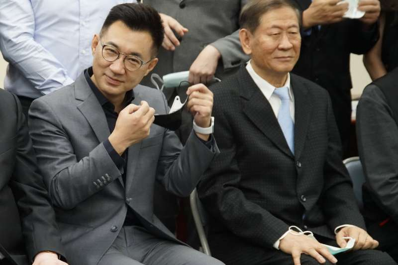江啟臣(左)任用臧幼俠(右)接任黃復興黨部主委引發反彈。(盧逸峰攝)