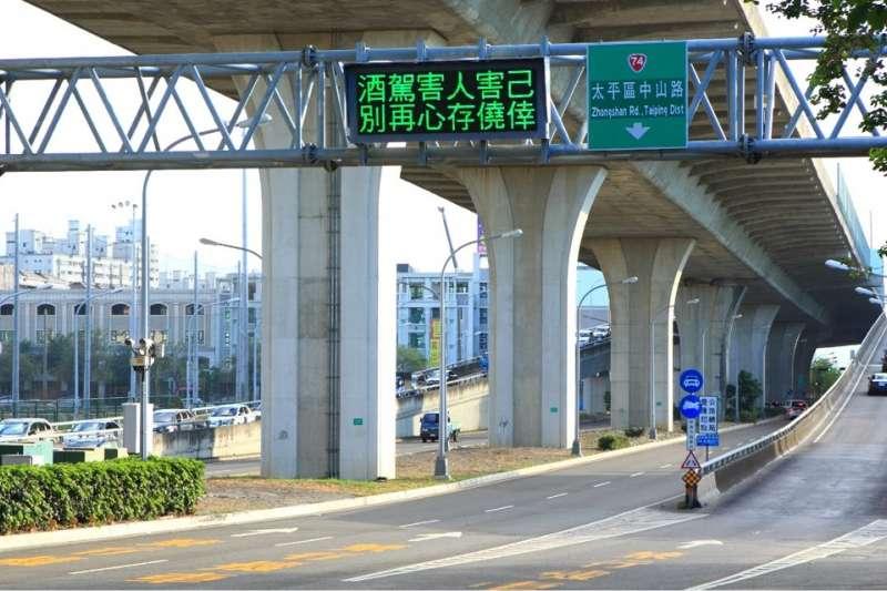 櫻花櫻雄榜可快速銜接74號太原匝道,通往至國道1號及未來的國道4號。(圖/富比士地產王提供)
