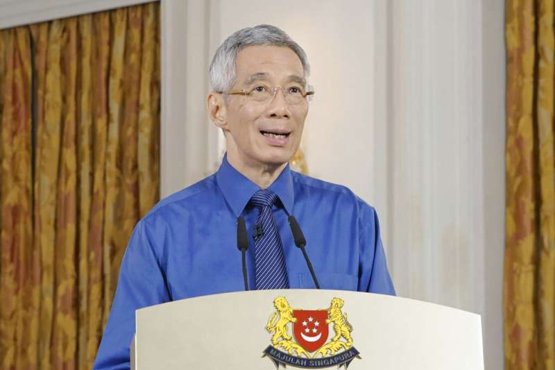 華人世界對於新加坡的了解多是一知半解,透過閱讀《新加坡模式-城邦國家建構簡史》將可以重新建構對於新加坡的認識。圖為新加坡總理李顯龍。(資料照,美聯社)
