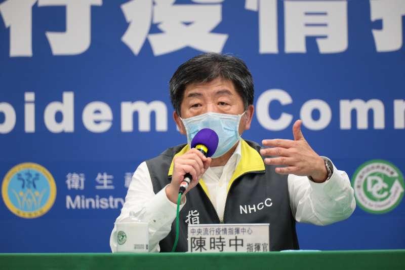 中央流行疫情指揮中心指揮官陳時中(見圖)說明目前台灣口罩日產量達1700片,但若生產口罩機械稍有問題,可能會有問題。(資料照,中央流行疫情指揮中心提供)