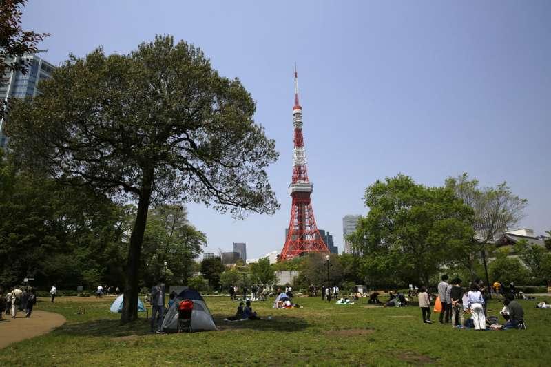日本黃金週假期連放7天,2020年日本股市交易天數242日,比美國252日剛好少10天。(美聯社)