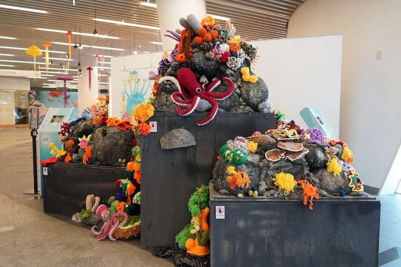 珊瑚很有事特展,5月5日起至7月5日止假國資圖1樓藝文空間展出。(圖/國立資訊圖書館提供)