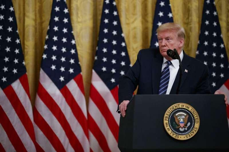 美國總統川普「抗疫反中」,台灣是美國的棋子?還是中國大陸的救援投手?(美聯社)