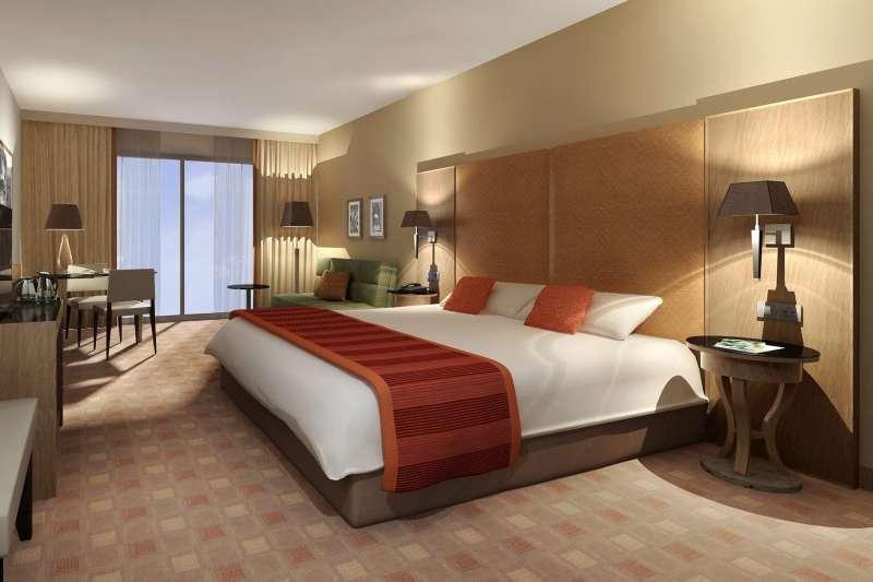 鬼月時出遊,若是單人睡雙人床,或是雙床房型,但只使用一張床,最好避免選擇靠牆的床位。(圖/pixabay)