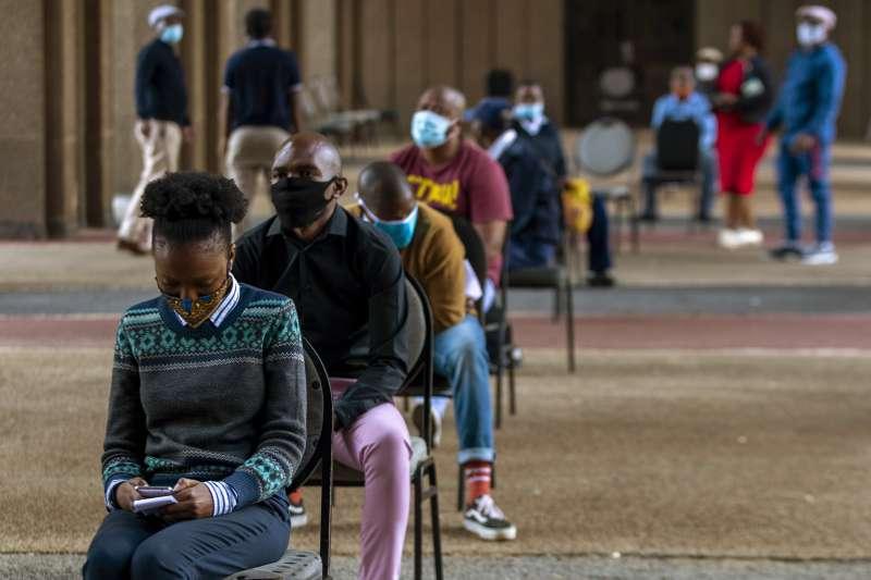 面對新冠肺炎來勢洶洶,非洲醫療資源不足成為各國棘手的問題。(AP)